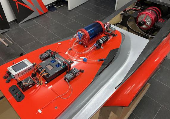 "Rumpf, RC und Turbinen-Elektronik ""Montiert"""