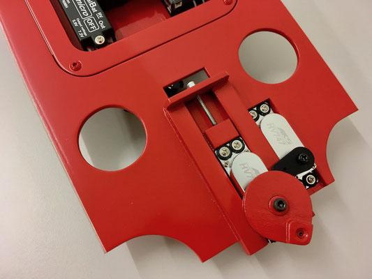 Rumpf, Detail RC-Einbaubrett mit Komponenten bestückt!