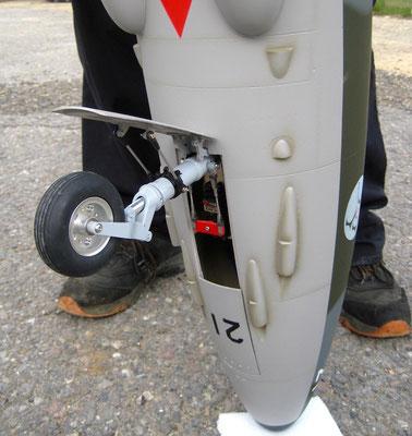 """Detail Fertiges Modell """"Bugfahrwerk"""""""