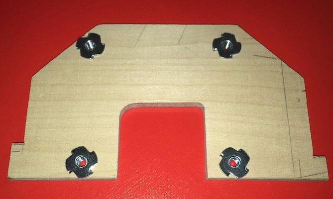 "Neuer vorderer Motorspant Fiala 120 Boxer (10mm Sperrholz) ""Erstellt"""