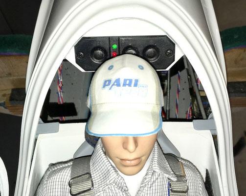 Detail Kabinenbereich mit Pilot und RC-Schalter Weiche