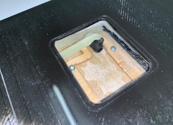 """Tragflächen """"Querruder-IDS-/Servohalter montiert"""""""