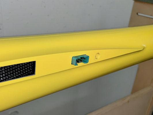 "Rumpf, MPX-RC-Steckerverbindung (Kabelbaum) erstellt und ""Montiert"""