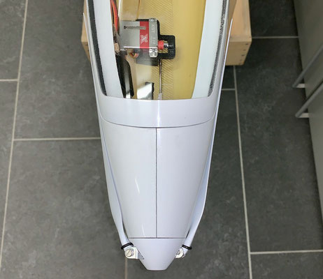 """Rumpf, CFK/GFK-Motorspant und Antrieb sowie Spinner """"Montiert"""""""