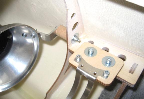 Detail Schubrohrhalterung