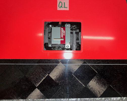 """Tragflächen-Querruder Links, Servo und IDS-Anlenkung """"Montiert"""""""