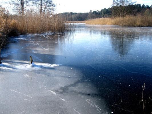 Zugefrorener Templiner Kanal Winter 2014.