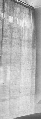 Eileen Gray_E1027_Leinenvorhang Ansicht 1929