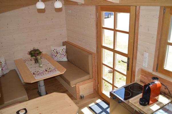 Tiny houses mini haus auf r dern holzbau pletz for Mobiles wohnen holz