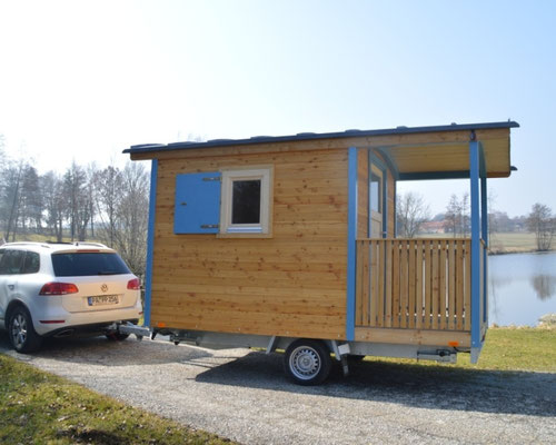 zirkuswagen selber bauen zirkuswagen anh nger zum selbst ausbauen holzbau pletz. Black Bedroom Furniture Sets. Home Design Ideas