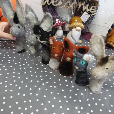 Fingerspielpuppe Esel und Katzen