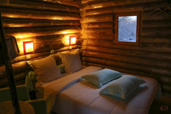 eins der zwei Schlafzimmer im Chalet - Vogesen Frankreich - reiseblog by Schnappschützen - www.schnappschuetzen.de