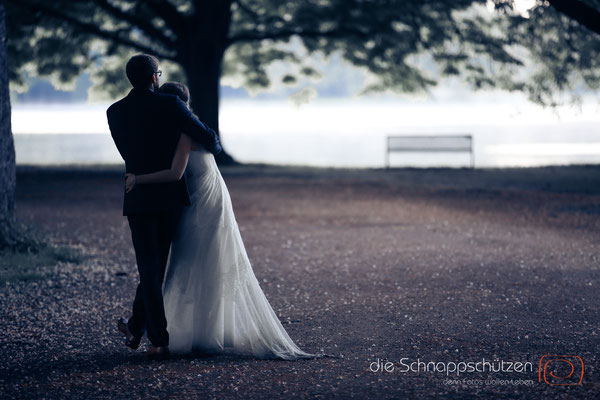magisches After-Wedding Shooting in Köln | (c) die Schnappschützen | www.schnappschützen | #afterwedding #goldenestunde #morgennebel