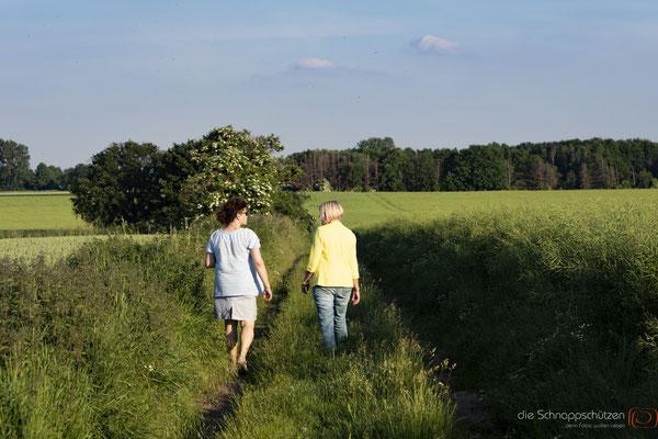 Coaching Van Köln | Fluggedanken | Rike Küsgen | Coaching im Freien | Naturspaziergang | Coaching Spaziergang | Businessfotos | Fotograf Köln | (c) die Schnappschützen