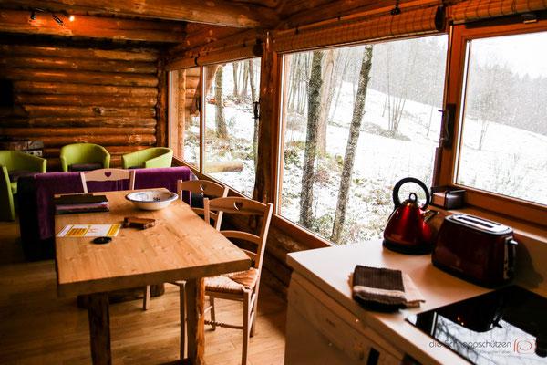 Wohnzimmer des Chalet - Vogesen Frankreich - reiseblog by Schnappschützen - www.schnappschuetzen.de