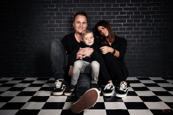 #familienfotos #kinderfotos #fotostudioköln #portrait | (c) die Schnappschützen