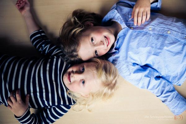 #Familienfotos zu hause | (c) die Schnappschüetzen | www.schnappschuetzen.de