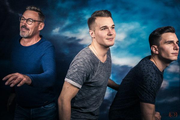#Familienshooting Köln #Brüder #Geschwisterfotos #Filmplakat | (c) die Schnappschützen