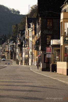 die Hauptstraße in Sankt Goar #Sankt Goar #Loreley #Sandstrand #oberes Mittelrheintal #Unesco Welterbe #Rhein #heiratenindeutschland #hochzeitslocations | (c) die Schnappschützen