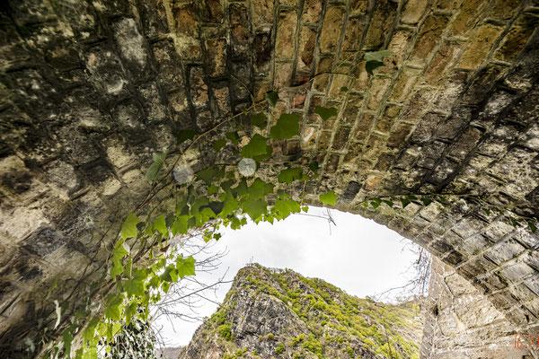Die Loreley im Tunnelblick #loreley #oberes Mittelrheintal #Unesco Welterbe #Rhein #heiratenindeutschland | (c) die Schnappschützen
