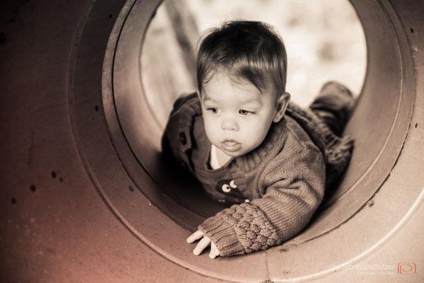 #Babyshooting & #Familienfotos zuhause | (c) die Schnappschützen | www.schnappschuetzen.de