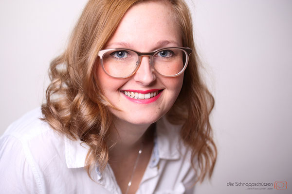 Heimann Kosmetik Bedburg - Mitarbeiterportraits - Werbefotos - (c) die Schnappschützen