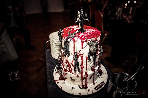 die #Hochzeitstorte ist eine #Zombietorte | (c) die Schnappschützen | www.schnappschuetzen.de