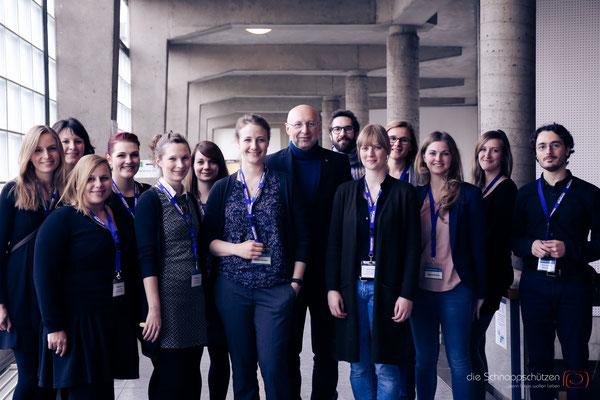Crossroads o#Nobelpreisträger Stefan W. Hell mit Organisationsteam | Crossroads of Biology 2016 | Universität Köln | (c) die Schnappschützenf Biology 2016 | Universität Köln | (c) die Schnappschützen