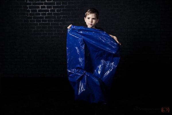 Bunte Tüte an #familienfotos #kinderfotos | (c) die Schnappschützen