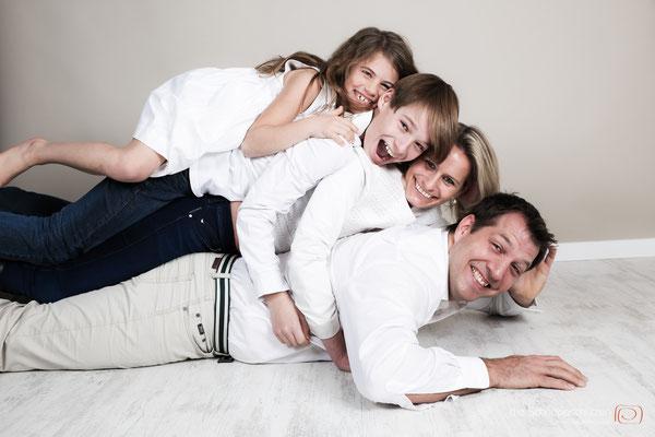 #Famiienshooting Köln | #Sterntaler | #Bachelor | #Portraits | #Paarshooting Köln | (c) die Schnappschützen | www.schnappschuetzen.de