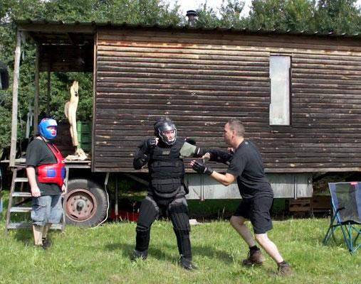 Selbstverteidigungs-Szenario beim Trainingscamp in Dresden