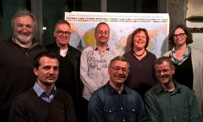 Vorstand (stehend von links): Max Burger, Harald Fallert-Hepp, Johannes Dürr, Anja Klingelhöfer, Gabriele Waldbaur; Vorsitzende (sitzend von links): Wido Fischer, Jörg Gronmayer, Christoph Frank