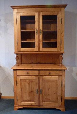 Küchenschrank, Fichte um 1890, Preis: 1150 € , Breite 95 (102)cm, Tiefe unten:50 (53)cm, Tiefe oben: 35cm, Höhe: 196cm