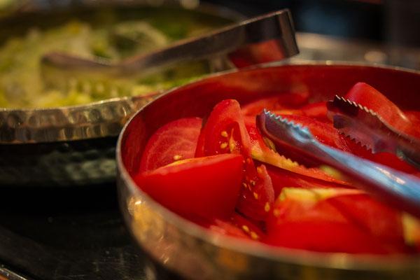 Cafe Leonardo© - Tomaten, Gurken und tagesaktuelle frische Gemüseauswahl