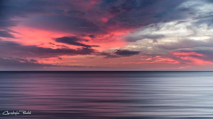 Photo 5 - Le ciel peint la mer d'huile