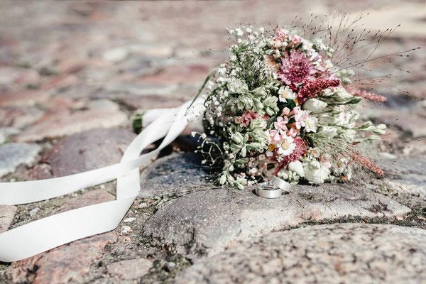 Brautstrauß fotografiert von Hochzeitsfotograf Lüneburg FOTOFECHNER