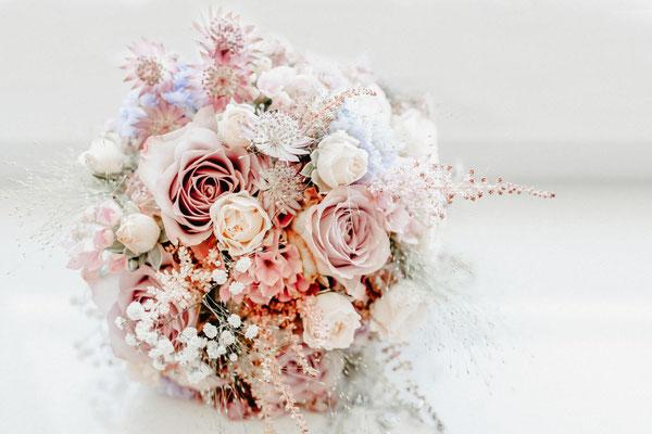 Brautstrauß Hochzeit Hochzeitsfotografie FOTOFECHNER