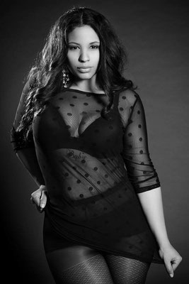 Model: Tanya Gouraige, Photographer: Uwe Hof