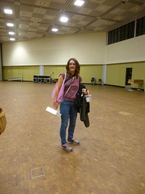 Die letzte, die die Stadthalle nach dem letzten Auftritt verlässt....