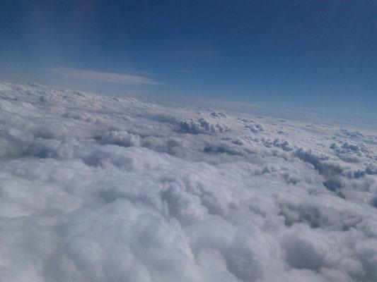 Dann über den Wolken in die Ewigkeit schweben ...