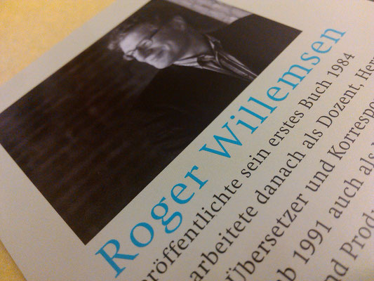"Klappentext des Buches ""Momentum"" -Roger Willemsen"