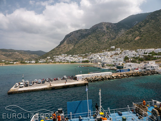 Arriving at Serifos