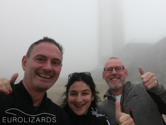 Peña de Francia: group picture in the fog