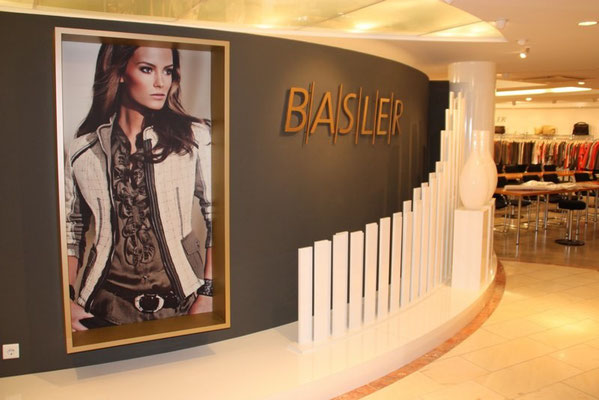 konzeption, materialorganisation und umbau - basler showroom