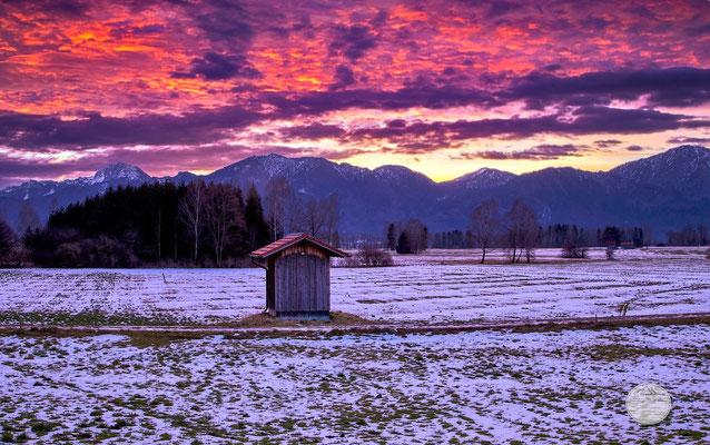 "Bild: Kochelmoos bei Sonnenaufgang, ""red awakening Kochelmoos"", www.2u-pictureworld.de"