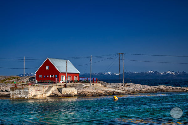 "Bild: Nordnorwegen Halbinsel Hameroy/Tranoy, ""rot in blau-türkis"", www.2u-pictureworld.de"