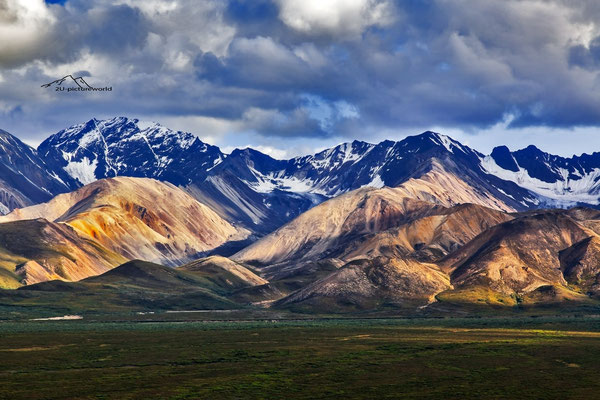 "Bild: ""rainclouds and sunlight"", Alaska Range, Denali NP"