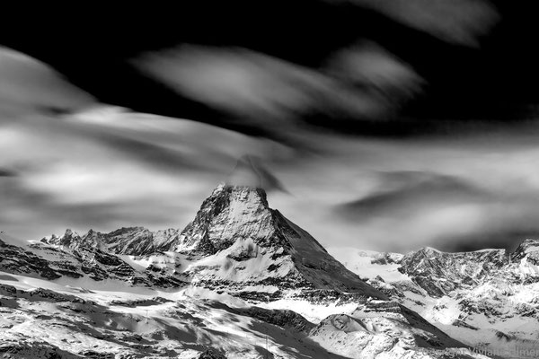 """Bild:  """"Wolkenwind"""", Blick aufs Matterhorn"""