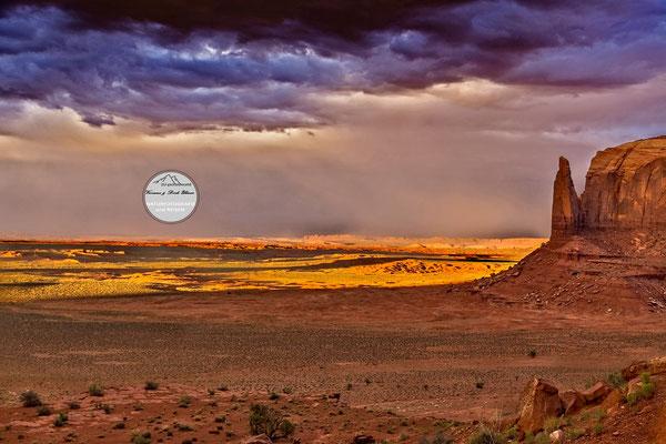"""Bild: """"Gegensätze"""", Monument Valley"""