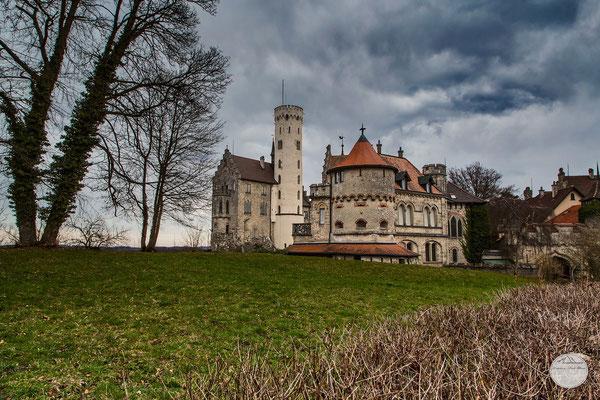 """Bild: Märchenschloss Lichtenstein,  Baden Württemberg bei Reutlingen, """"backyard...""""; www.2u-pictureworld.de"""